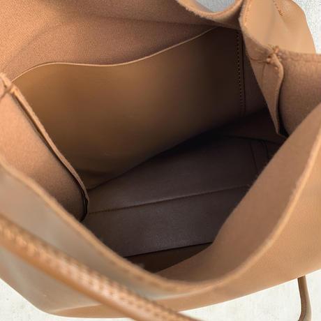ソフトフェイスバケットバッグ