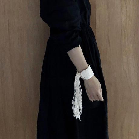 糸バングル/white