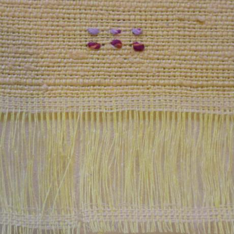 藤田織物 芽生え 黄色地にスミレ