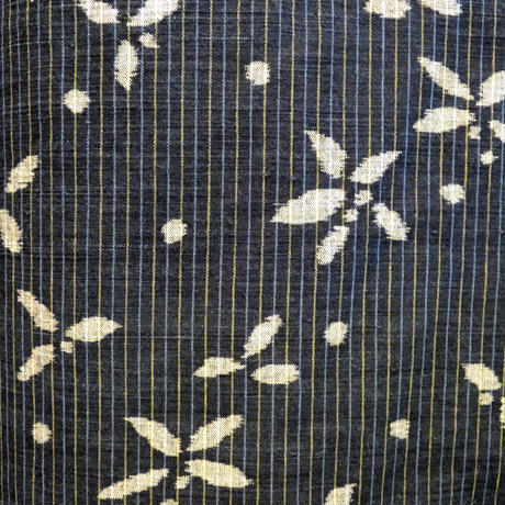 手紡ぎ藍絣木綿 平谷悠律子 「冬の日」