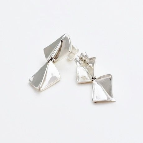 """NEW""  Earrings ONDAS Silver 08-ピアス【在庫あり】"