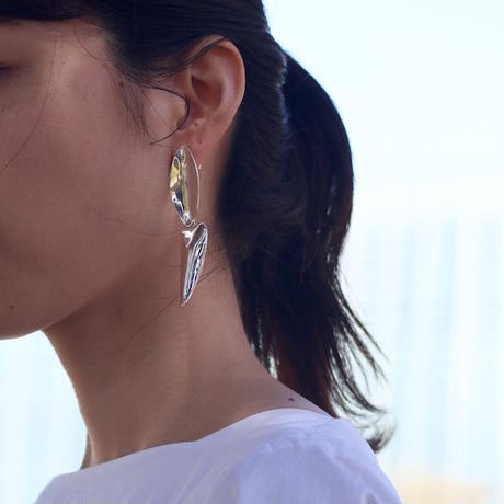 """NEW""  Earrings ONDAS Silver 01-ピアス【在庫あり】"