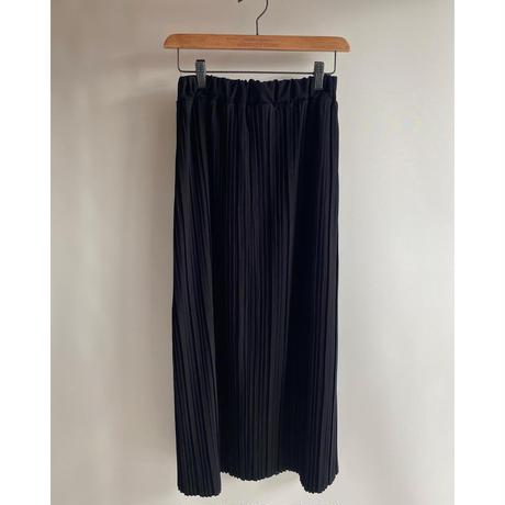 シンプルプリーツスカート