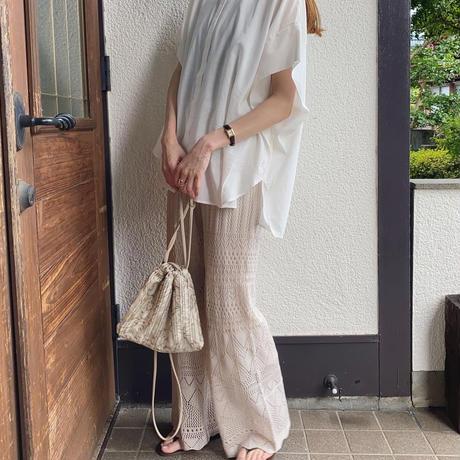 透かし編みフレアパンツ