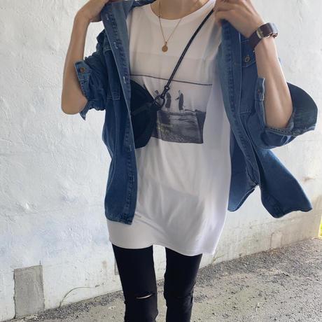 スリット入りグラフィックtシャツ