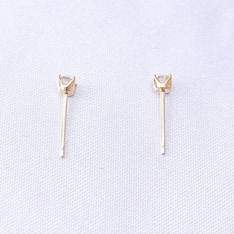 k18yg ダイヤモンドのピアス