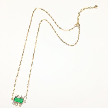 ヴィンテージ グリーンガラスストーン の ネックレス (チェーン14kgf)
