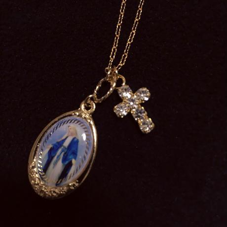 ブルーマリアメダイ × ジルコニアクロスのネックレス (チェーン14kgf)