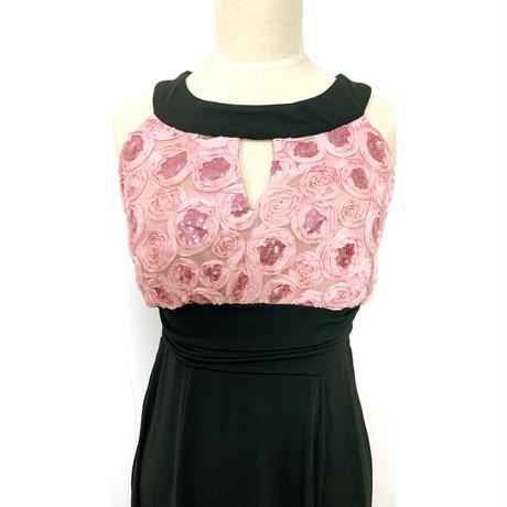 ローズ刺繍スレンダーラインロングドレス