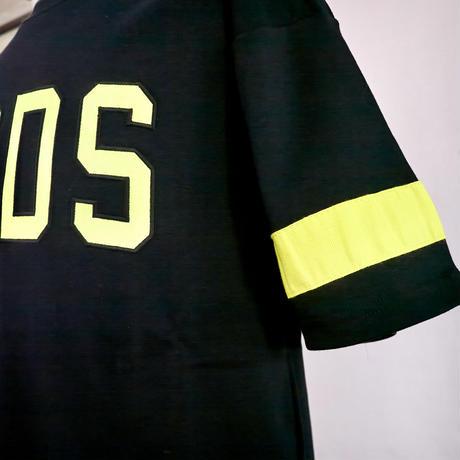GCDS 半袖ロゴTシャツ