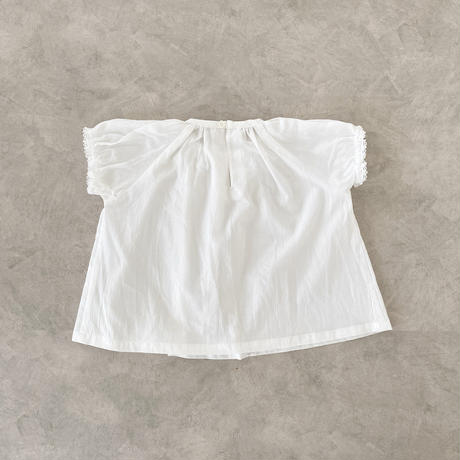 Gather blouse / white sugar lace