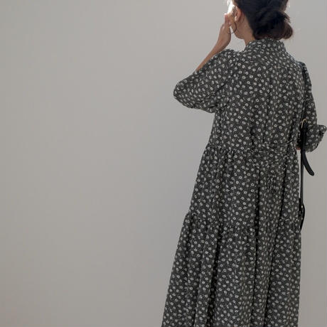 ladies Shirt dress / monotone flower