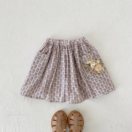Piping gather skirt / parmeria
