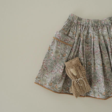 Piping gather skirt / Strawberry thief spring