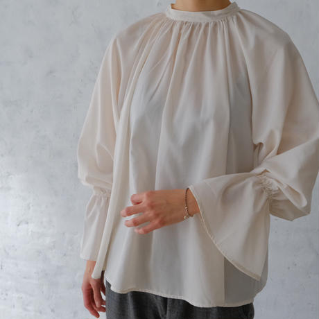 ladies * candy sleeve blouse