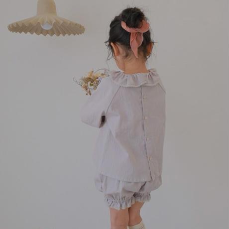 Frill collar blouse / grayish pink lace