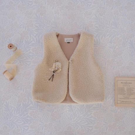 Boa vest / milk <09-24>