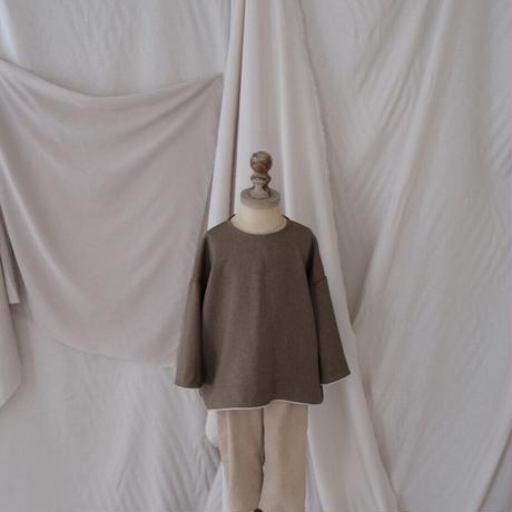 Piping pullover / grayish olive