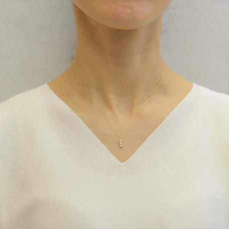3 pearls  necklace (K10/vertical)