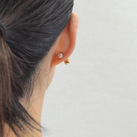 K18 pierced earring (Horizontal /Akoya pearl clasp)