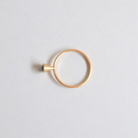 Oval Sapphire ring (5×4mm)