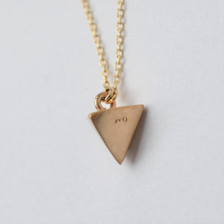 Equilateral triangle Aquamarine necklace (3.5mm)
