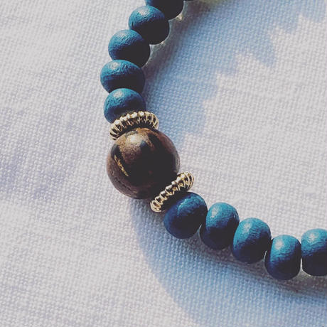 blue × light  brown   woodbeads anklet