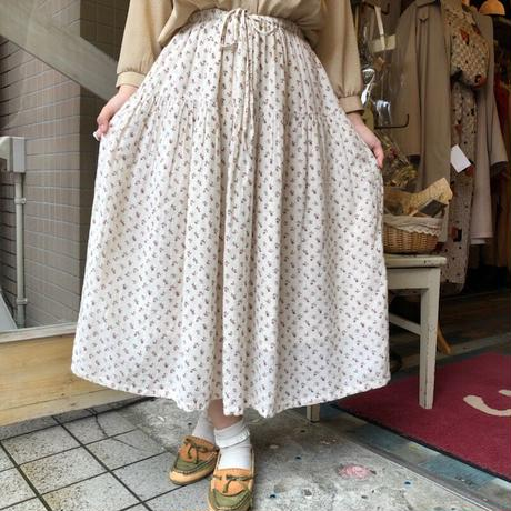 skirt 128[AC-2]