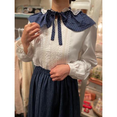 wearing collar 2[JO-6]