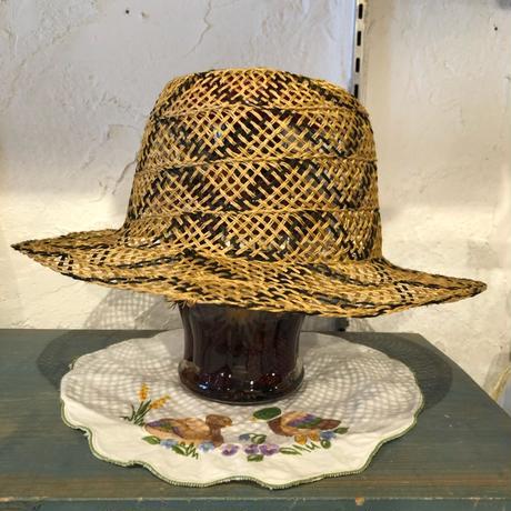 hat 40[MAD-85]