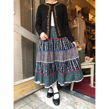 skirt 127[AC-6]