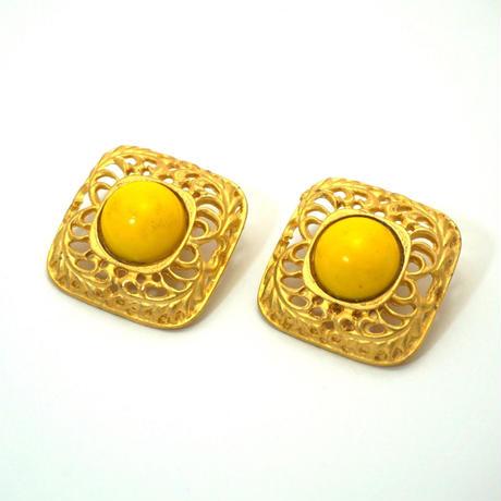 〈Costume jewelry〉60-80s  Clip-on Earrings  Yellow/ Gold《送料無料》