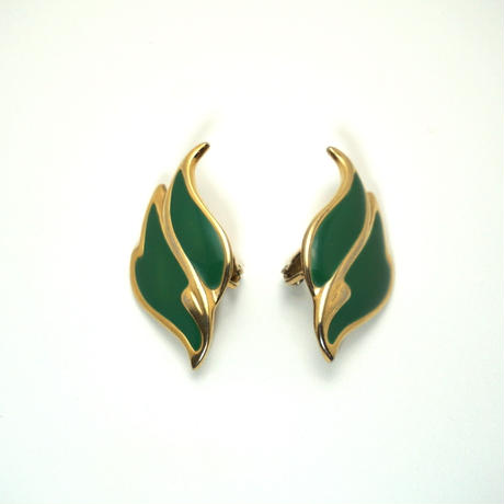 〈Costume jewelry〉60-80s  Clip-on Earrings  Green/ Gold《送料無料》