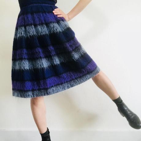 Maybe 1950s  Wool Boader Skirt