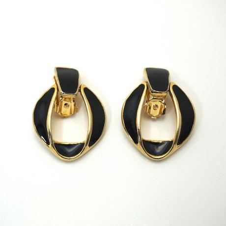 〈Costume jewelry〉60-80s  Clip-on Earrings  Black/ Gold《送料無料》