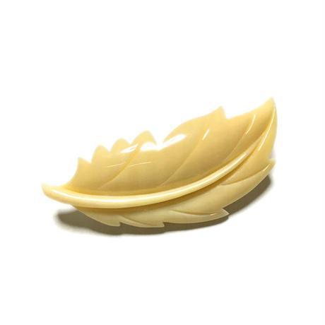 泉舟 作 鯨歯ブローチ 柊