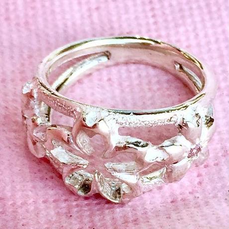 🌸春限定!桜のアクセサリー🌸花咲し指輪[銀燭]