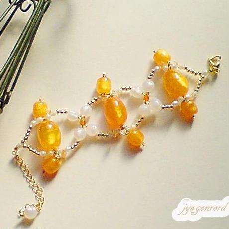 ビタミン・オレンジのブレスレット