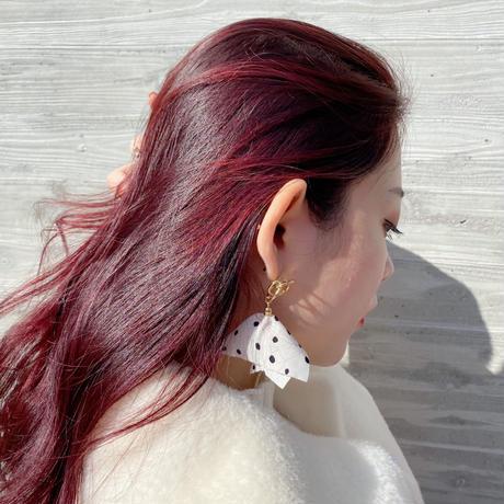 Dot Cloth pierce