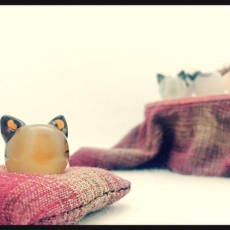 トンボ玉キーホルダー ~茶トラ~