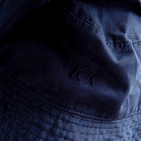 "【Kamakura Rhythm】 鎌倉リズムオリジナルハット""KR""ロゴ刺繍 ◆ 定番のバケツハット! 一年中使えるて便利"
