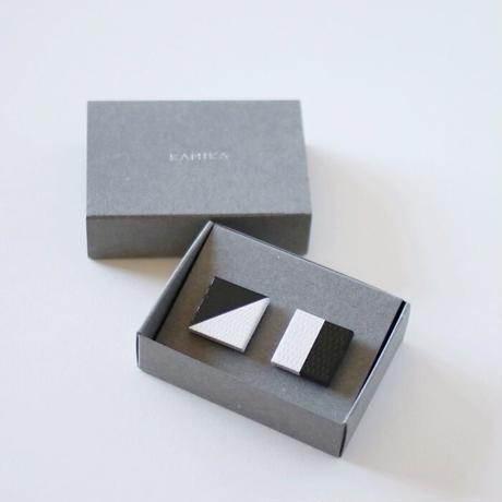 KAMIKA(カミカ) アクセサリーpierce/earring(black-white)