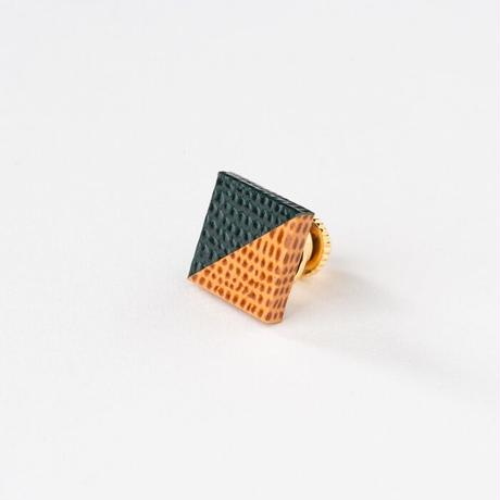 KAMIKA(カミカ) ピンブローチ pin brooch(green-camel)