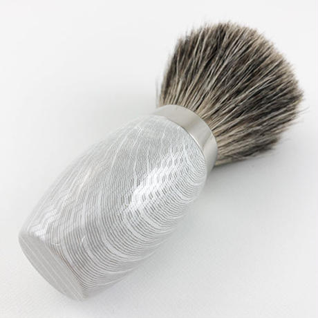 CARBONE(WHITE) SILVER TIP BRUSH B203