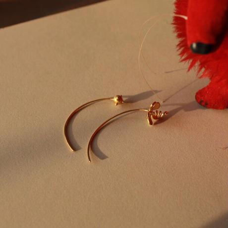Mistery flower pierce