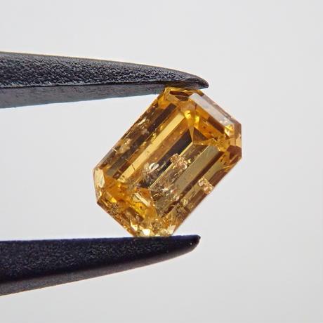 【2/14掲載】イエローダイヤモンド 0.171ctルース(FANCY INTENSE ORANGY YELLOW, I1)