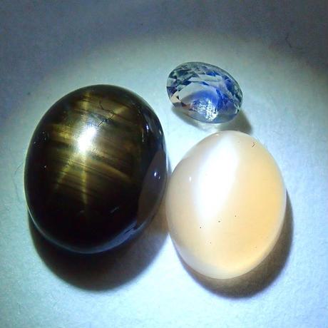 【宝石商の道具】白色ペンライト(ルース向け)・ルース3点セット