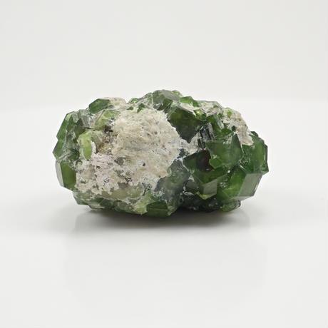 【5/26掲載】デマントイドガーネット 200.00ct原石