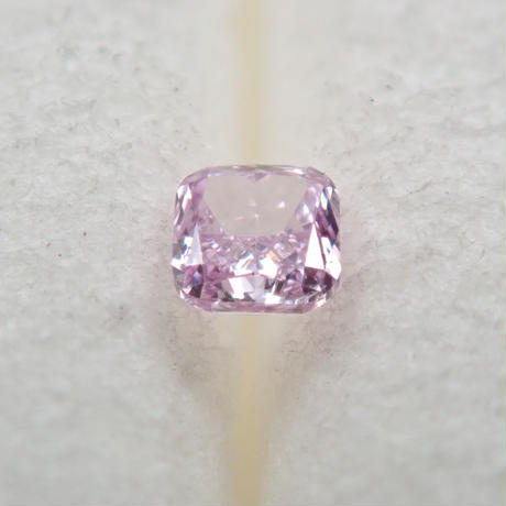 【3/2更新】パープルダイヤモンド 0.040ctルース(FANCY PINK PURPLE, SI2)