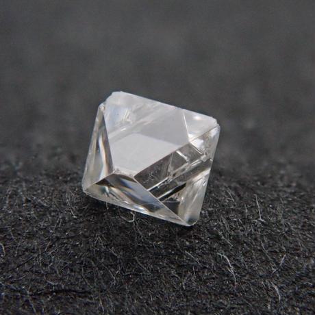 【3/20掲載】ダイヤモンド原石(ソーヤブル) 0.061ct原石